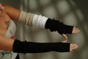 Damenstulpe mit Daumenloch, schwarz